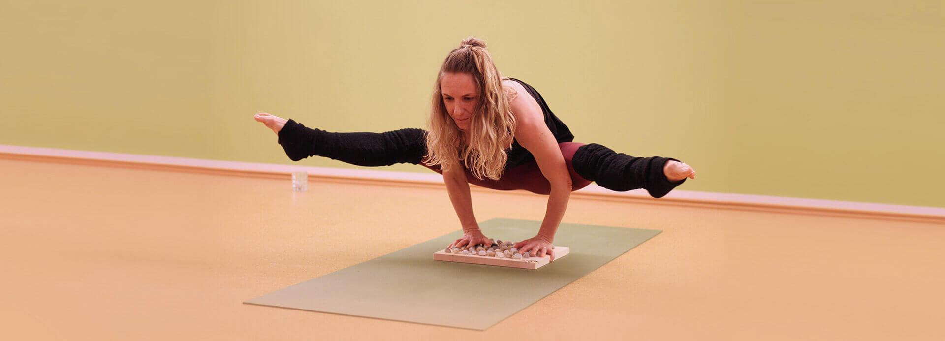 Yoga mit Fußreflexzonenmassage neu erleben